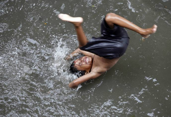 https://campusghanta.com/wp-content/uploads/2019/06/1561402637_109_33-Monsoon-Images-From-India-That'll-Make-Your-Day.jpg
